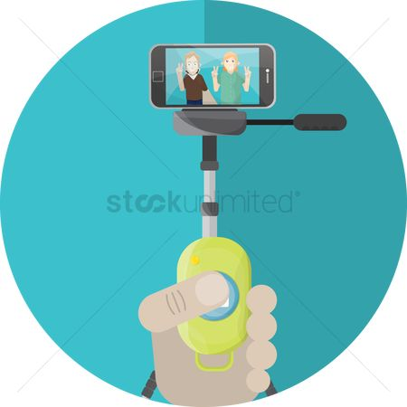 Selfie : Taking picture using remote with cellphone on tripod