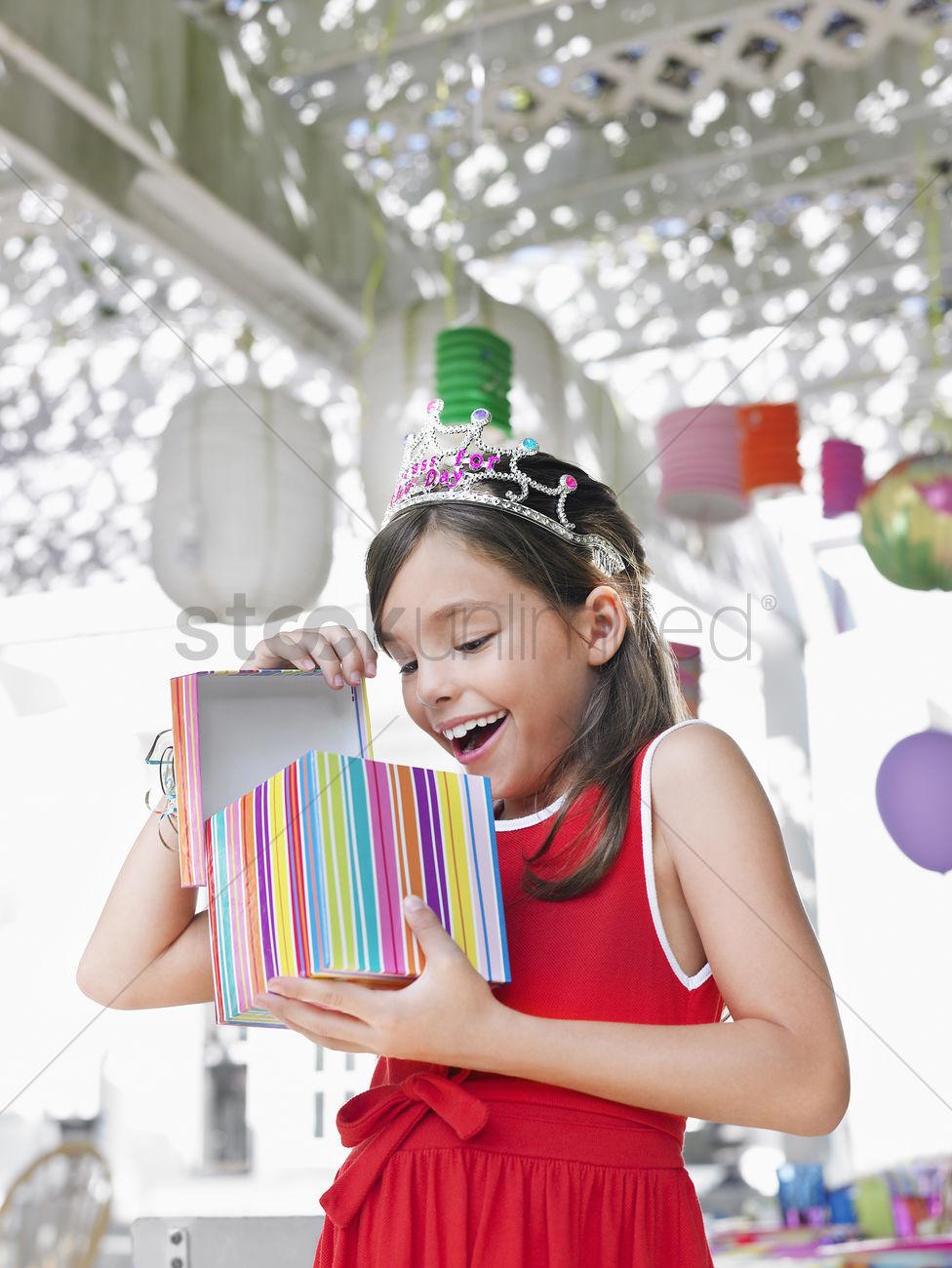 Подарки на день рождения девочке 9 лет фото