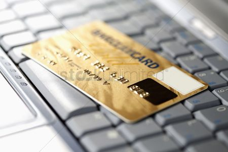 Shopping : Credit card on laptop