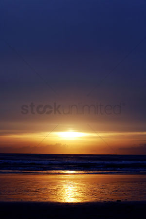 Romantic : Panoramic sunset scenery