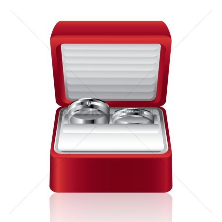 Engagements : Engagement rings in box