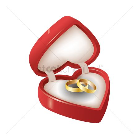 Engagements : Wedding rings in a box
