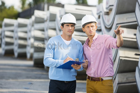 Supervisor : Architects inspecting stock at site