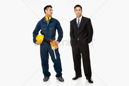 Employment issue : Builder and businessman