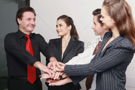 Motivation business : Business people in huddle