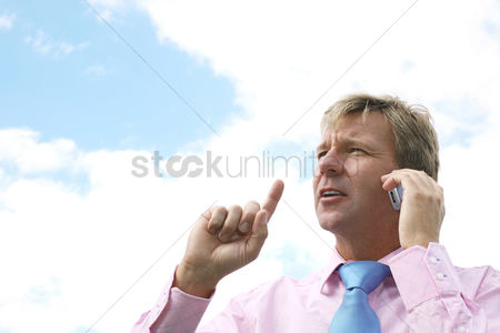 Count : Businessman talking on the phone