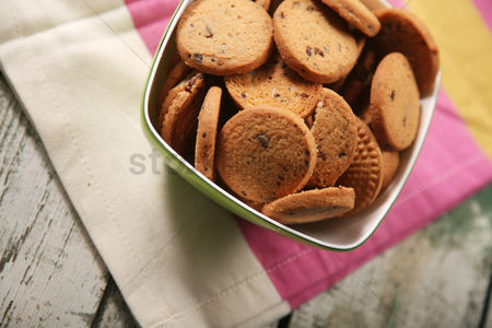 Pile : Close-up of cookies in bowl