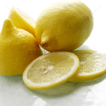 Food  beverage : Close up of lemons