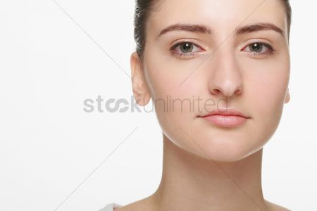 Head shot : Close-up on woman