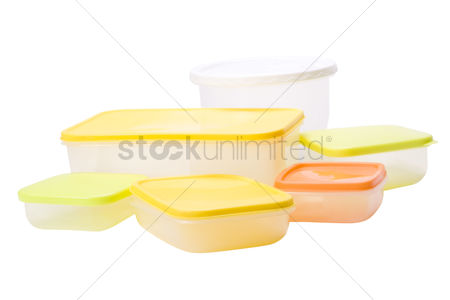 Collection : Collection of assorted plastic containers