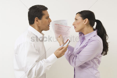 Mad : Couple arguing about money