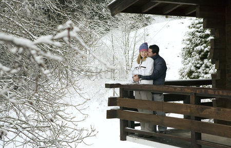 Lover : Couple enjoying the view from chalet