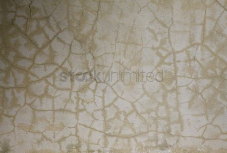 Weathered : Cracked cement wall