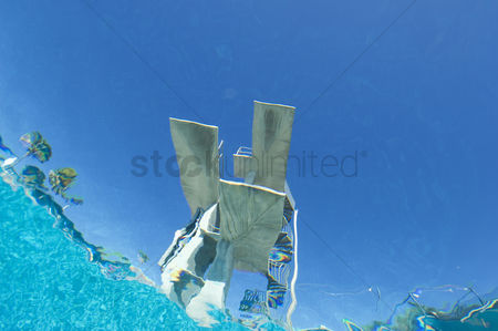 Diving : Diving board underwater view