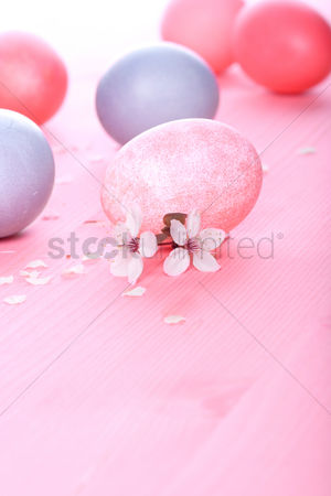 Easter : Easter eggs on pink background