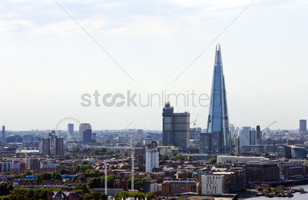 Attraction : Elevated view of the shard and london eye london