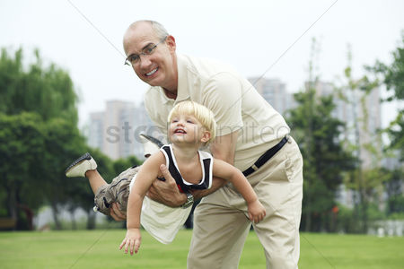 School children : Father and son