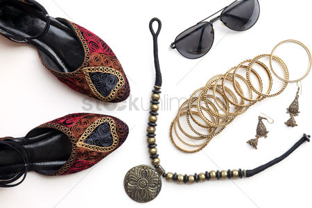 Accessories : Flat lay of woman fashion accessories