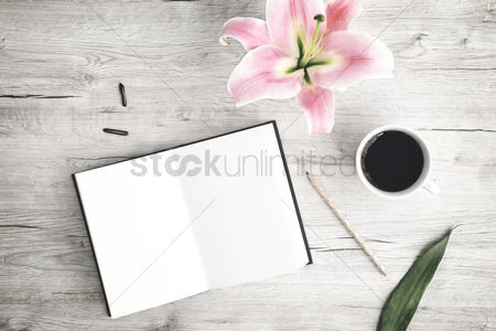 Flat : Flatlay of wooden background and lilies