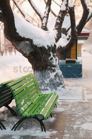 China : Gift box in snow