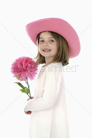 Spring : Girl with hat holding flower