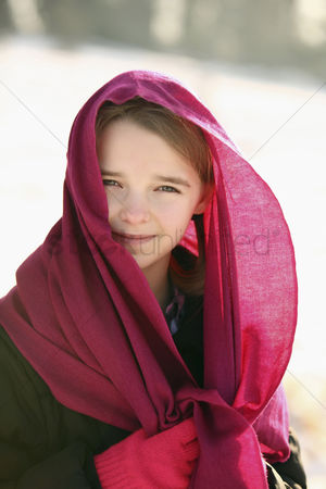 Cold temperature : Girl with red scarf