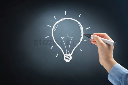 Handdrawn : Hand drawing lightbulb