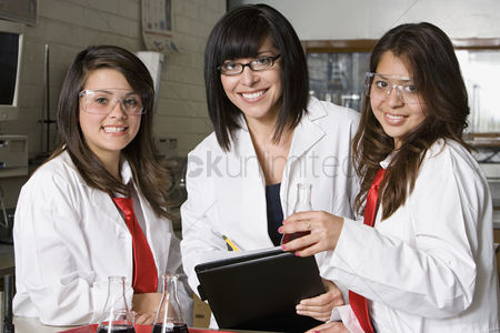 Posed : High school science students