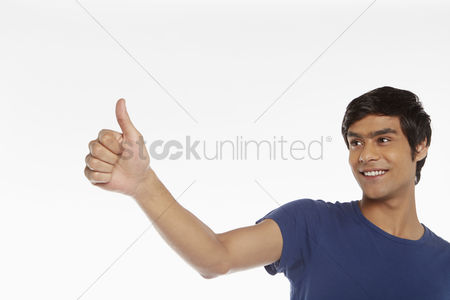 Masculinity : Man giving thumbs up
