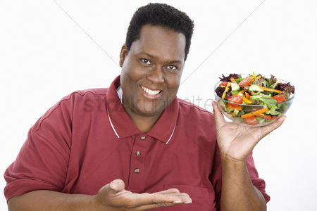 Loss : Man holding salad