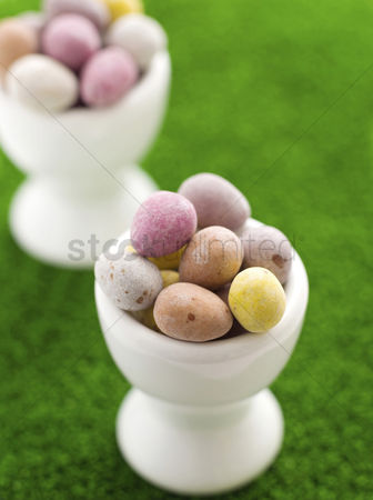 Easter : Mini eggs in egg cups