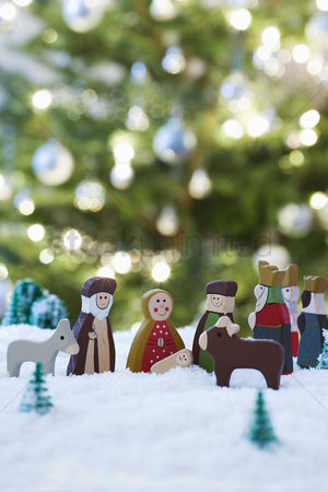Winter : Nativity scene