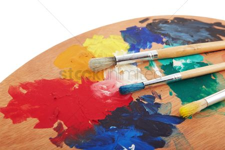 Paint brush : Paint brushes and wooden palette