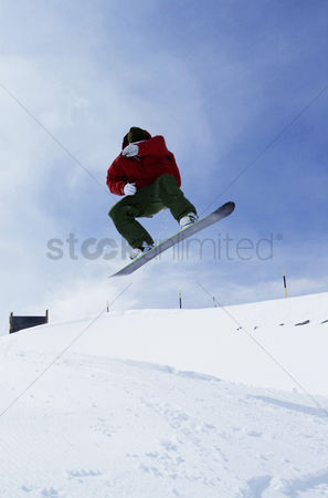 Chilliness : Snowboarding  winter sport