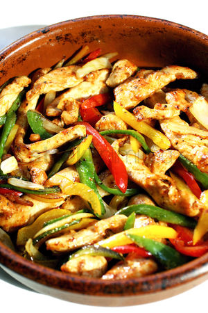 Ready to eat : Stir-fried mexican chicken with pepper strips