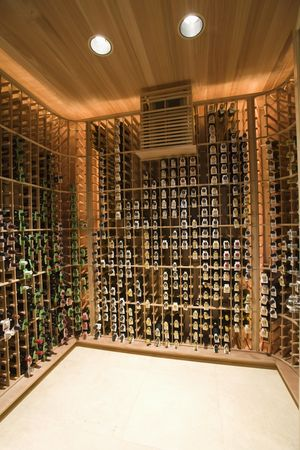 Collection : Wine cellar of palm springs home