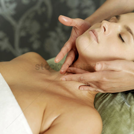 Rest : Woman enjoying a relaxing body massage