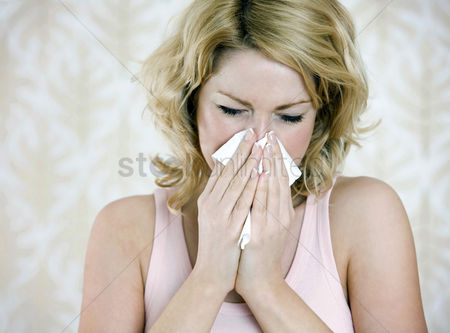 Medication : Woman having a cold