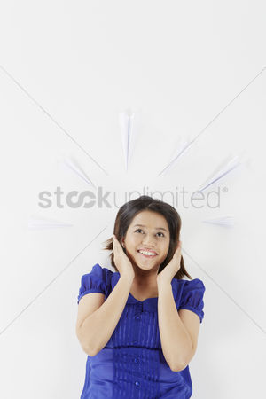 Excited : Woman looking excited